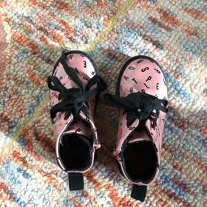 zara boots (like new) size 23